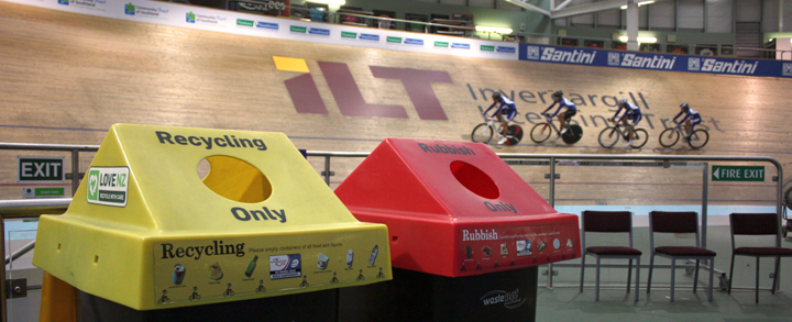 Sort your waste into foodwaste, recycling and rubbish at the Junior Worlds